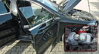 Eski emniyet amiri 54 kilo uyuşturucu ile yakalandı