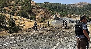 Bitlis'te askeri arac�n ge�i�i s�ras�nda patlama