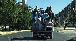 Canlar�n� hi�e sayd�lar! Diyarbak�r'da tehlikeli yolculuk