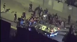 Cizre'de darbecilerin il�eye girmesini �nleyen polisler