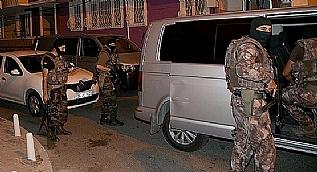�stanbul�da �zel Hareket Polisi destekli ter�r operasyonu