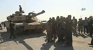 Operasyon komutanlar� Bartella Cephesi'nde