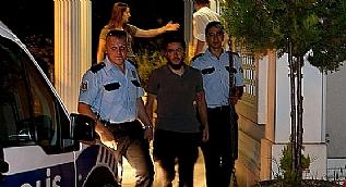 �srail Ba�konsoloslu�u�na girmeye �al��an eylemcilere g�zalt�