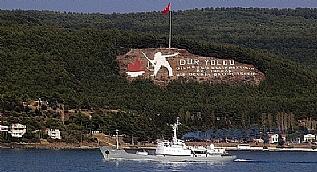 Rus istihbarat gemisi �anakkale Bo�az�'ndan ge�ti