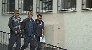 Galatasarayl� eski futbolcu �smail Demiriz, adliyeye sevk edildi