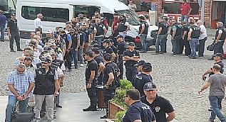 FET�'c� polislere b�y�k operasyon