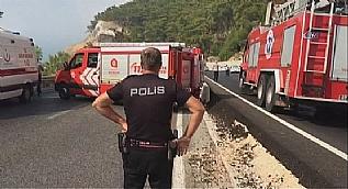 Antalya�da askeri arac�n ge�i�i s�ras�nda patlama