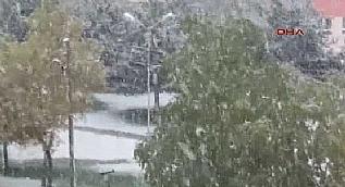 Erzurum'a mevsimin ilk kar� ya�d�