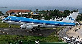 KLM�nin B747�si bu meydana veda ediyor