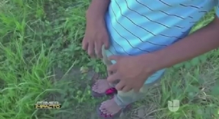 26 parmaklı El Salvadorlu genç