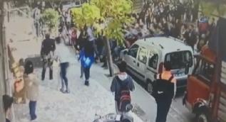 Liseli öğrenciler sopalarla birbirlerine girdiler