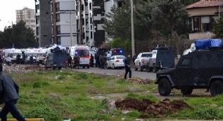 Diyarbakır'da terör saldırısı: 4 polisimiz şehit oldu