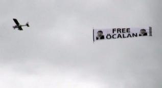 Almanya'da skandal görüntü! Öcalan posterleri açıldı