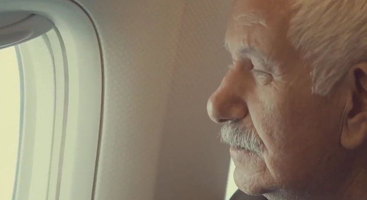 THY Gelibolu semalarında Çanakkale Şehitleri için uçtu