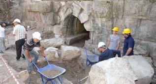 Dünyada örneği bulunmayan 2 bin yıllık antik baraj gün yüzüne çıkarılıyor
