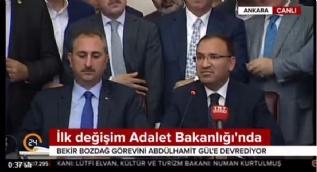Bekir Bozdağ: Bu bir bayrak değişimidir. Görevimi Abdulhamit Gül Bey'e teslim etmekten büyük onur duyuyorum