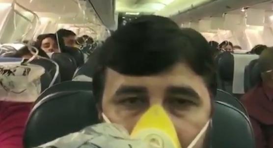 Uçaktaki yolcuların kabin basıncı düşünce yaşadıkları o dehşet anlar kamerada