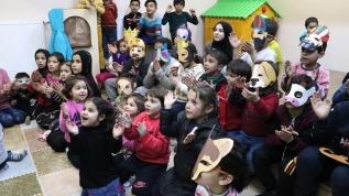 Depremzede çocukların yüzü etkinliklerle gülüyor