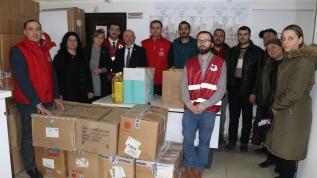 Erzincan'daki Ahıska Türklerinden depremzedelere gıda ve giyecek yardımı
