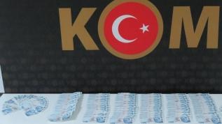 Van'da sahte parayla araç satın alan 2 kişi tutuklandı
