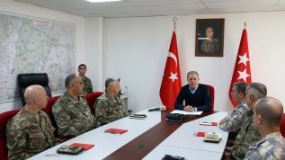Alçak saldırı sonrası rejime ağır darbe! Bakan Akar açıkladı