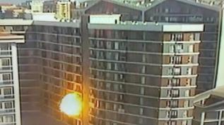 Esenyurt'ta bir binada patlama! O anlar böyle kaydedildi