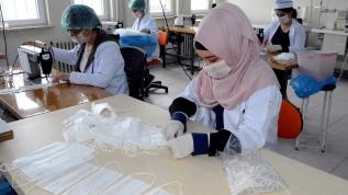 Meslek liseleri, pandemi ile mücadelede fabrika gibi çalışıyor