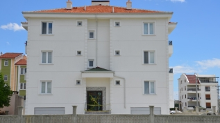 Karaman'da iki bina koronavirüs nedeniyle karantinaya alındı