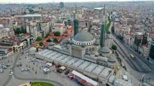 Koronavirüs nedeniyle  inşaatına ara verilen Taksim Camisi'nde çalışmalar yeniden başlıyor