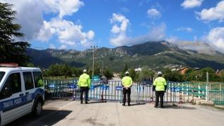 Konya'da bir mahalle koronavirüs tedbirleri sebebiyle karantinaya alındı