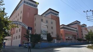 Hakkari'de koronavirüs karantina kurallarını ihlal eden 18 kişi Kredi Yurtlar Kurumu yurtlarına yerleştirildi