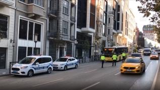 Koronavirüs karantinasını ihlal eden otobüs şoförü ambulansla hastaneye götürüldü