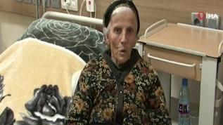 Ermenistan ordusunun terk ettiği 85 yaşındaki Ermeni kadına Azerbaycan sahip çıktı
