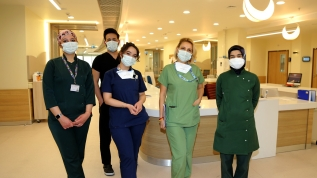 Koronavirüsle mücadelede ön saflarda yer alan hemşireler mücadelelerini anlattı