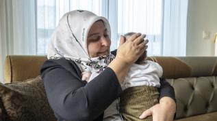 3 çocuk annesi milletvekili Öçal 3 aylık bebeğin koruyucu anneliğini üstlendi
