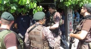 Maltepe'de özel harekat ve helikopter destekli uyuşturucu operasyonu