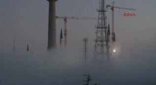 İstanbul Boğazı'nda gece boyunca sis etkili oldu