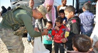 Bakanlık bu görüntülerle duyurdu: Suriyelilerin gönüllü geri dönüşü başladı