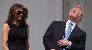 Trump Güneş tutulmasını gözlüksüz izleyince eşi Melania yine rezil oldu