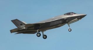 Türkiye için üretilen ilk F-35A uçağı nefesleri kesti