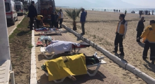 Kuşadası'nda lastik bot faciası: Çok sayıda ölü var