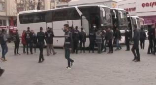 Esenyurt´ta 96 göçmen yakalandı
