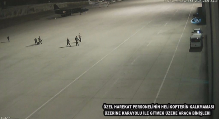 �zel Harekat polislerini Huber�e ta��mayan darbeci ter�rist pilotlar tutukland�