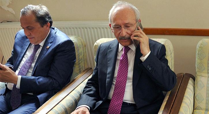 K�l��daro�lu'nun Cumhurba�kan� Erdo�an ile telefonla konu�mas� kameralara yans�d�