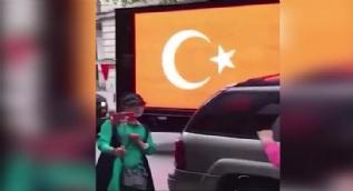 New York sokaklarında 'Dombra' çaldılar