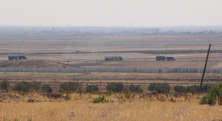 DEAޒ�n kontrol�ndeki  El Bab il�esine tank sevki s�r�yor