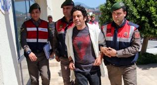 Uyuşturucudan gözaltına alınan oyuncu Selim Erdoğan adliyeye sevk edildi