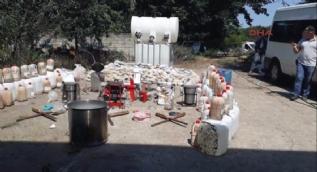 Zehir çiftliğine baskında 1 ton eroin ele geçirildi