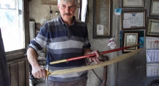 Kral Ra'dan Diriliş Ertuğrul'a Sivas kılıcı