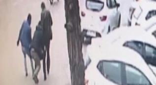 İstanbul'da gasp dehşetleri kamerada